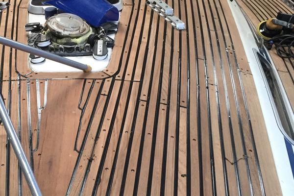 Deck vergossen ohne Abklebung